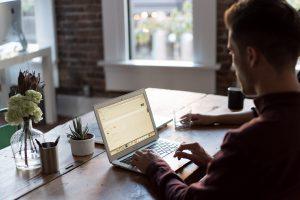 Que fait un intégrateur de logiciels ?